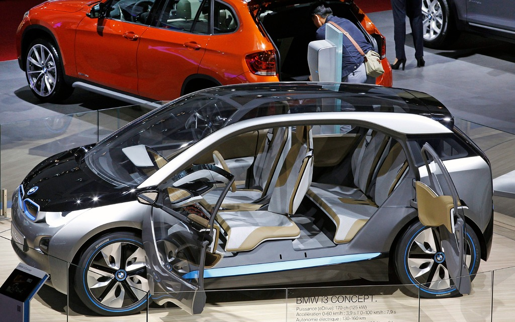 Bmw To Price I3 Electric Car Below Expectations The Car Guide