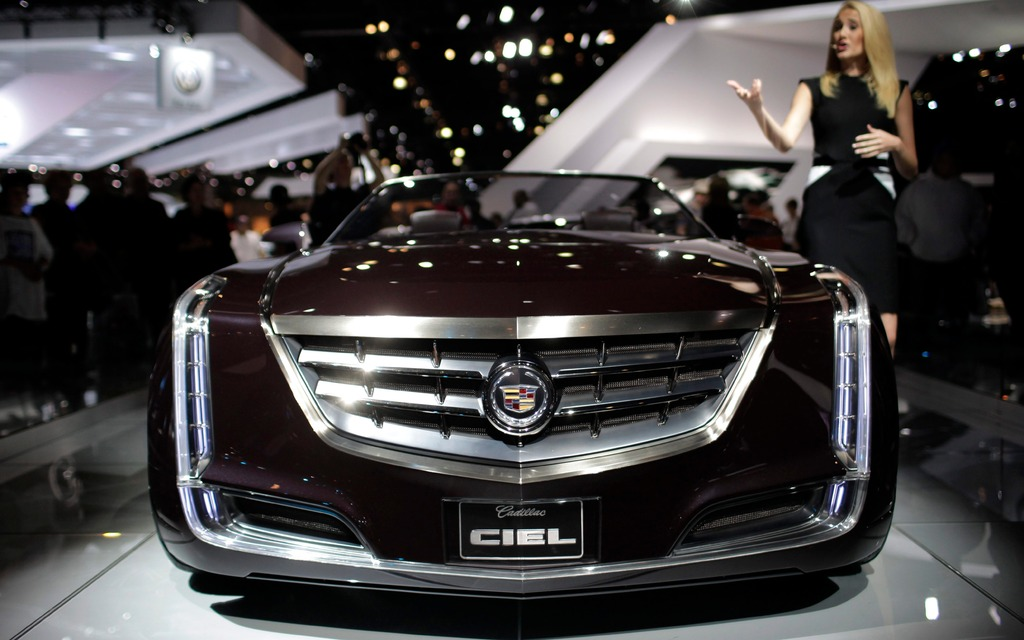 Cadillac Competitor to S-Cl, 7-Series Coming - The Car Guide