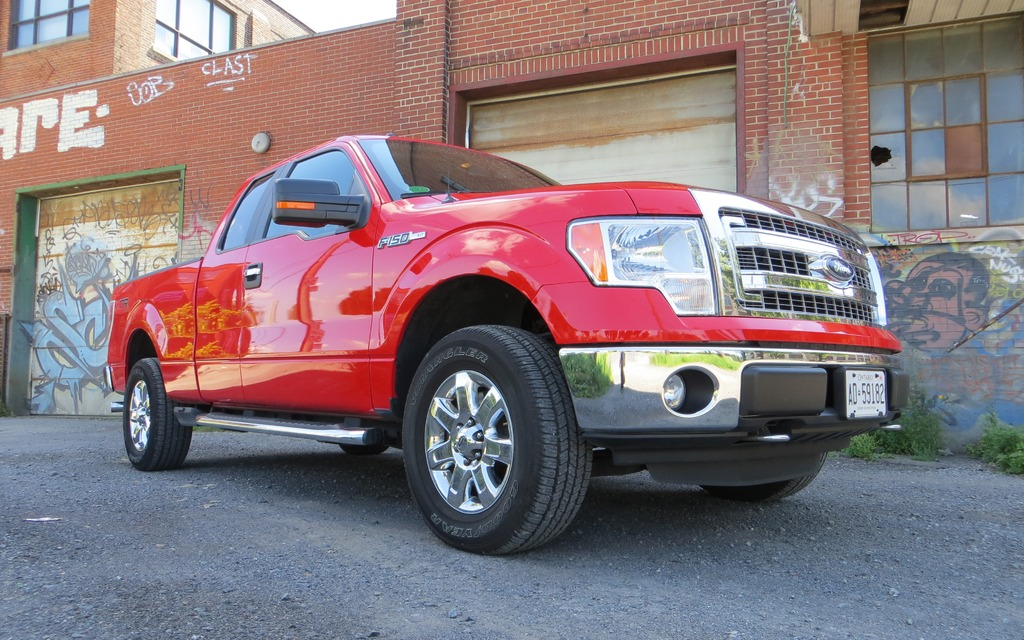2013 ford f 150 xlt supercab the everyperson 39 s pickup the car guide. Black Bedroom Furniture Sets. Home Design Ideas