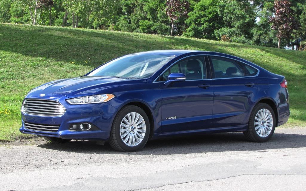 2013 ford fusion hybrid se 5 7 l 100 km highway the car guide. Black Bedroom Furniture Sets. Home Design Ideas