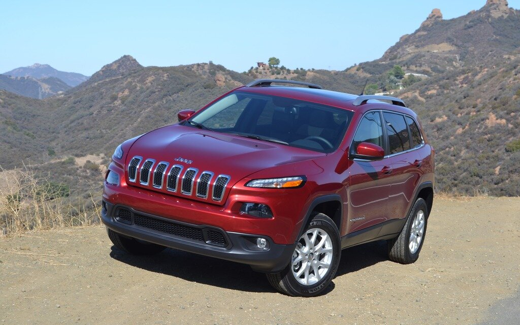 2014 jeep cherokee noticeably new the car guide. Black Bedroom Furniture Sets. Home Design Ideas