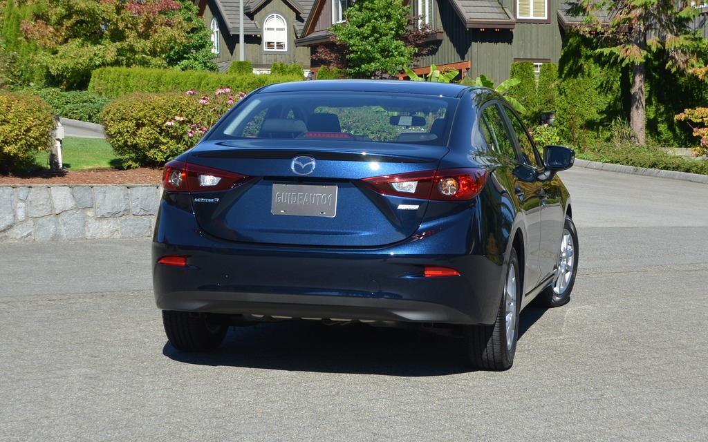 mazda 3 2014 blue. 2014 mazda3 fearless and almost flawless mazda 3 blue