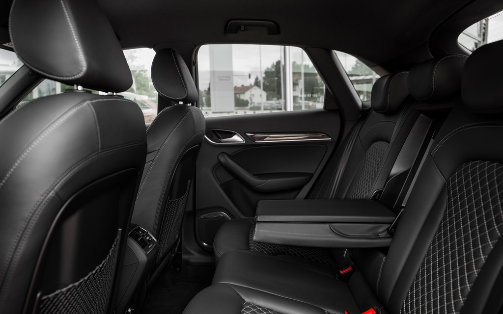 2014 Audi Rs Q3 Canada Bound 10 12