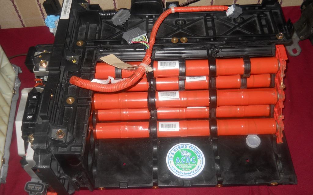voitures hybrides et lectriques la batterie expliqu e 4 5. Black Bedroom Furniture Sets. Home Design Ideas