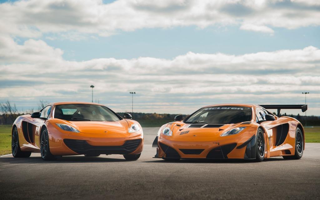 McLaren MP4-12C et 12C GT Can-Am Edition à l'Autodrome St-Eustache
