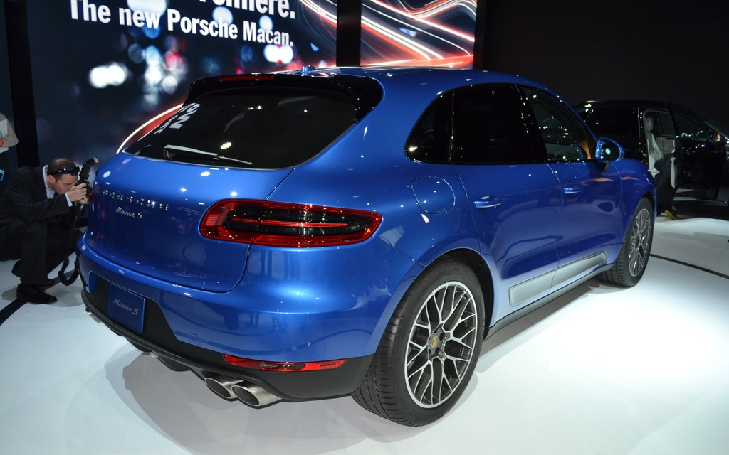 2015 Porsche Macan: Cayenne's Little Brother is Born! - 3/8
