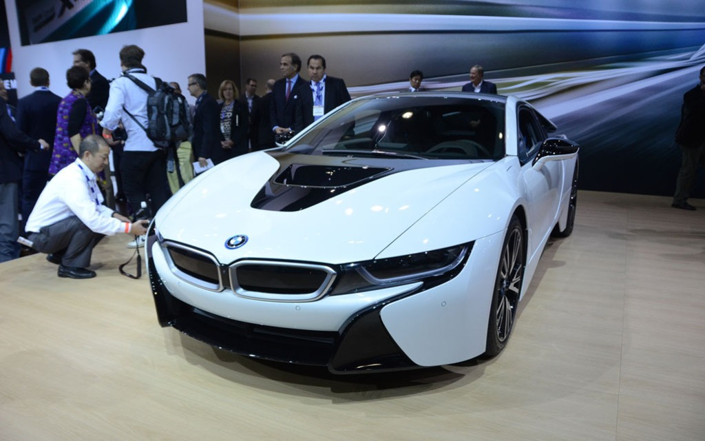 Awesome BMW I8 Production