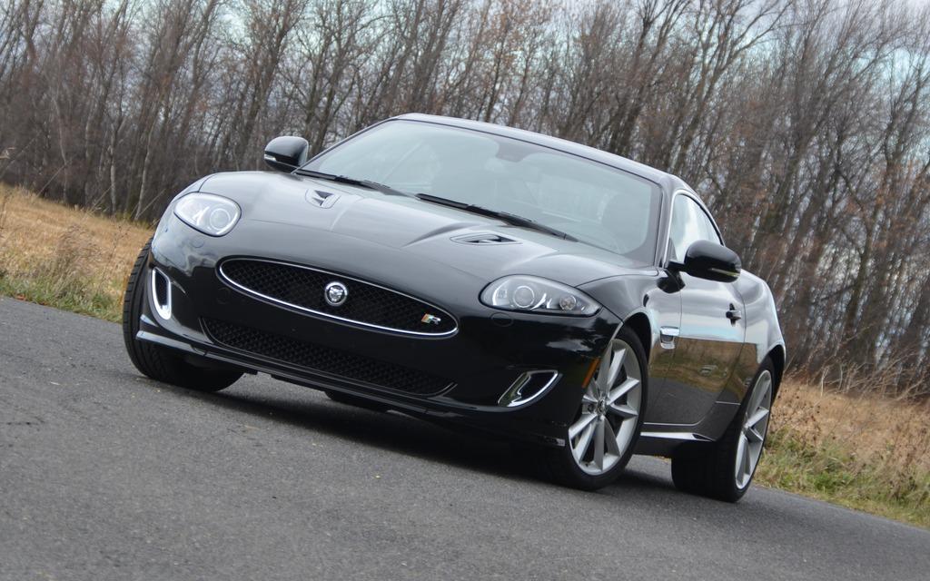 Jaguar XKR 2014: Quelle belle p'tite vieille! - Guide Auto