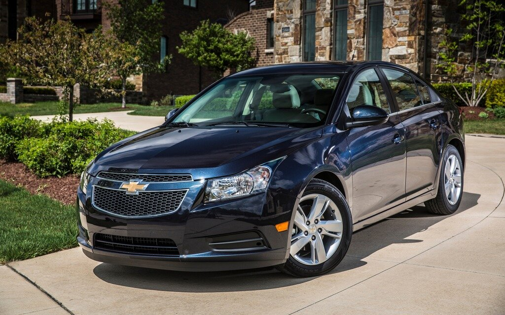 2014 Chevrolet Cruze Diesel: The Ace in the Hole - The Car ...