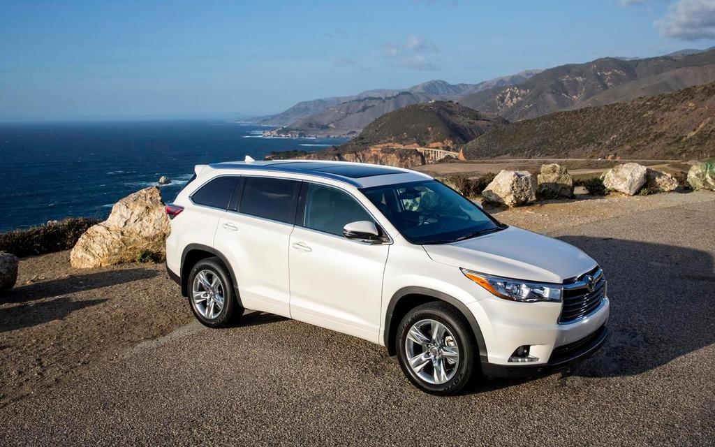 Le nouveau Toyota Highlander est 3 cm moins haut que l'ancien.