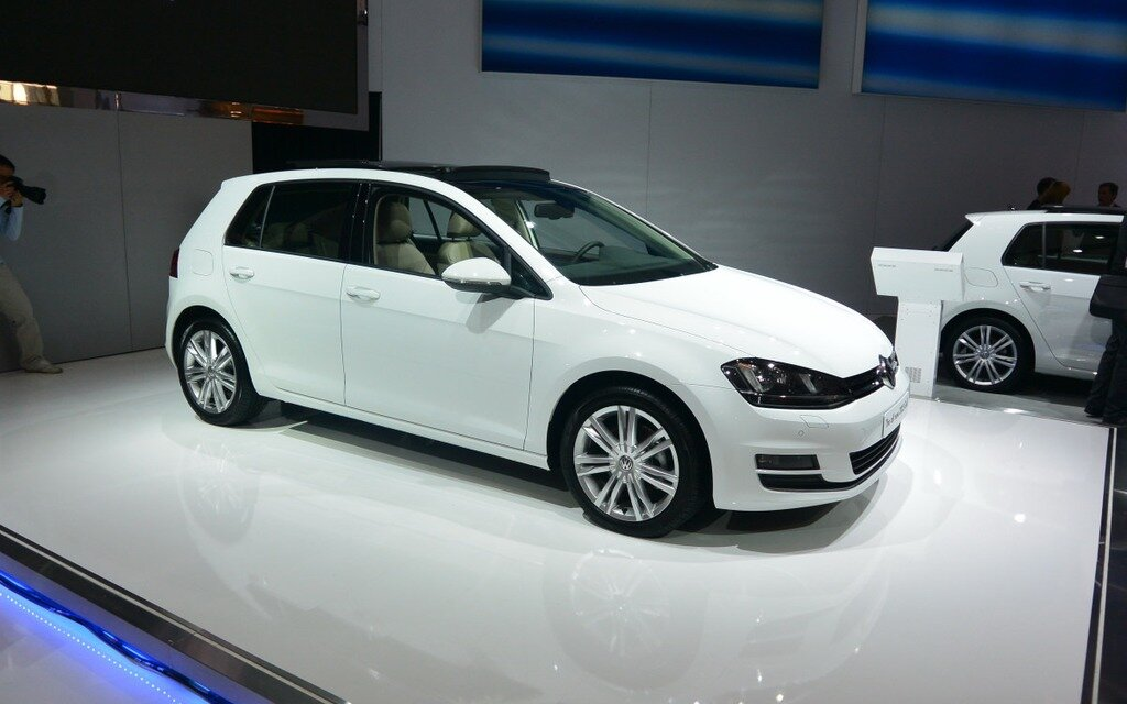 All New 2015 Volkswagen Golf Makes Appearance In Toronto 1 5