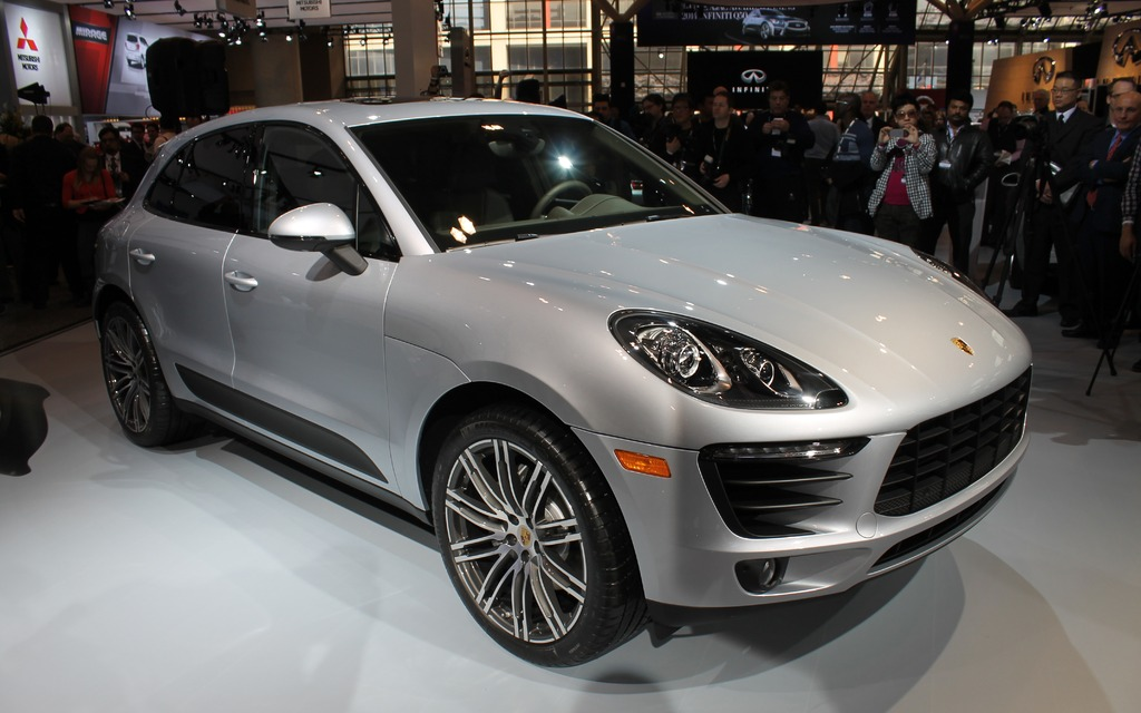 2015 Porsche Macan Canadian Debut - The Car Guide