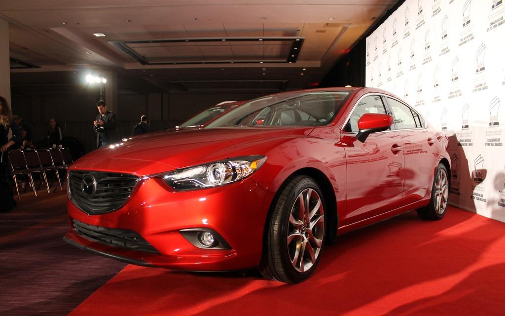 La voiture canadienne de l'année, la Mazda6 2014