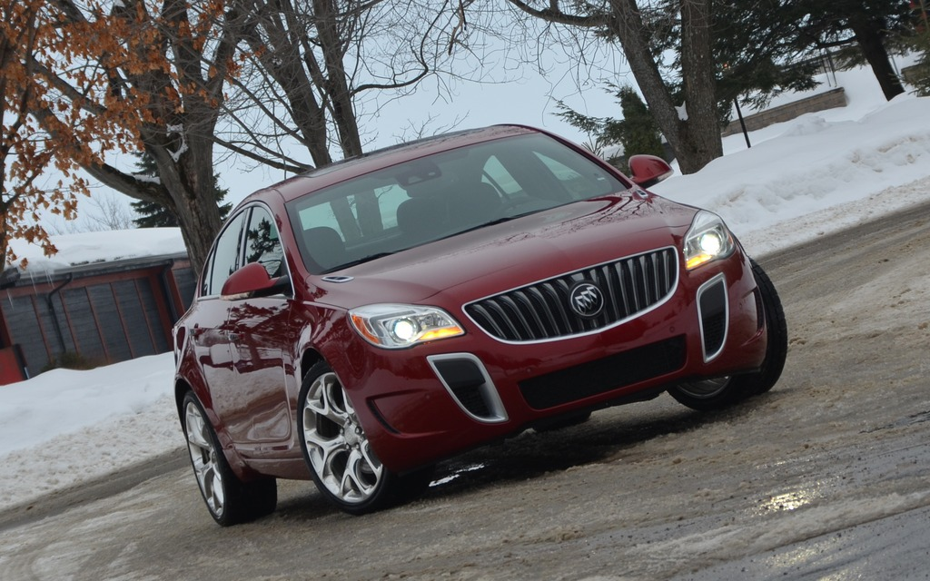 Buick Regal GS AWD 2014 ou le sport version Buick