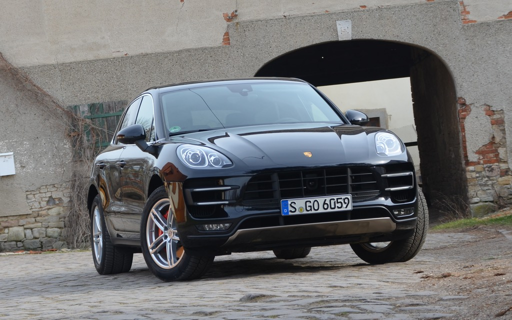 2015 Porsche Macan A Racing Suv The Car Guide
