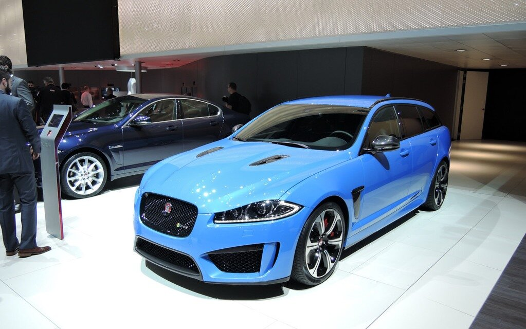 jaguar xfr s sportbrake une familiale avec des griffes guide auto. Black Bedroom Furniture Sets. Home Design Ideas