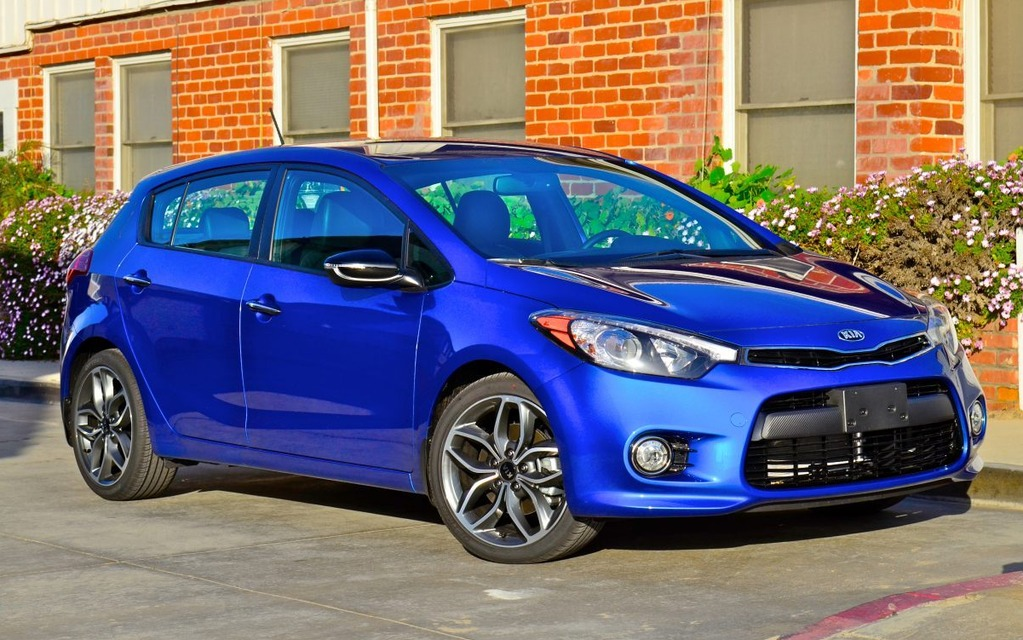 2014 kia forte5 handy and handsome the car guide. Black Bedroom Furniture Sets. Home Design Ideas
