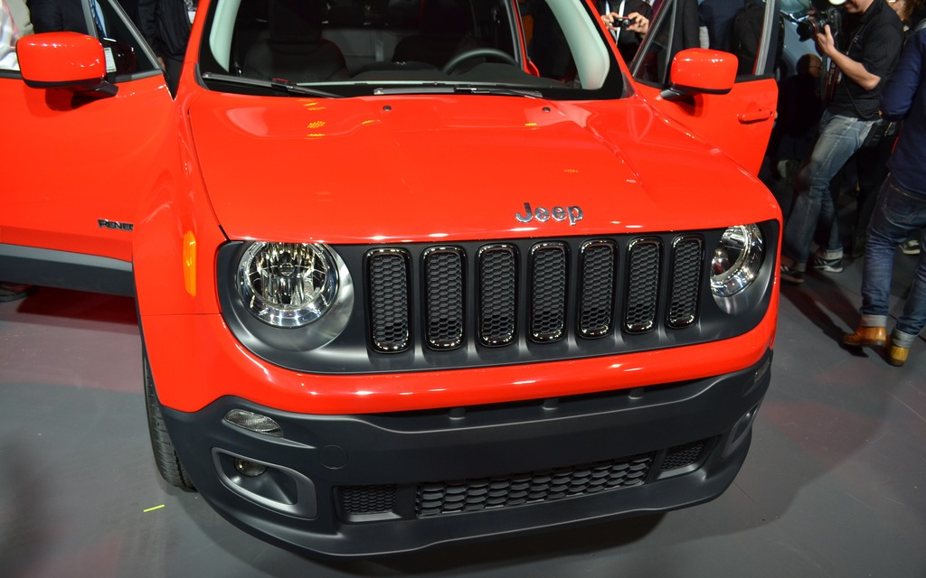 New Jeep Renegade >> All-new 2015 Jeep Renegade: Most Capable Small SUV Expands the Brand's Lineup - 4/5