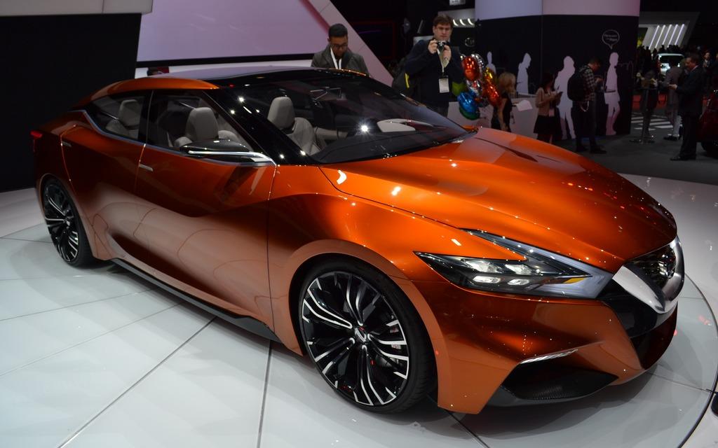 Elegant Nissan Sport Sedan Concept