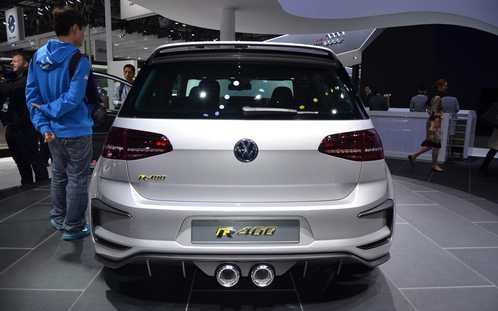 Golf R 400 >> Volkswagen Unveils a Crazy Golf R400 in Beijing - 5/5