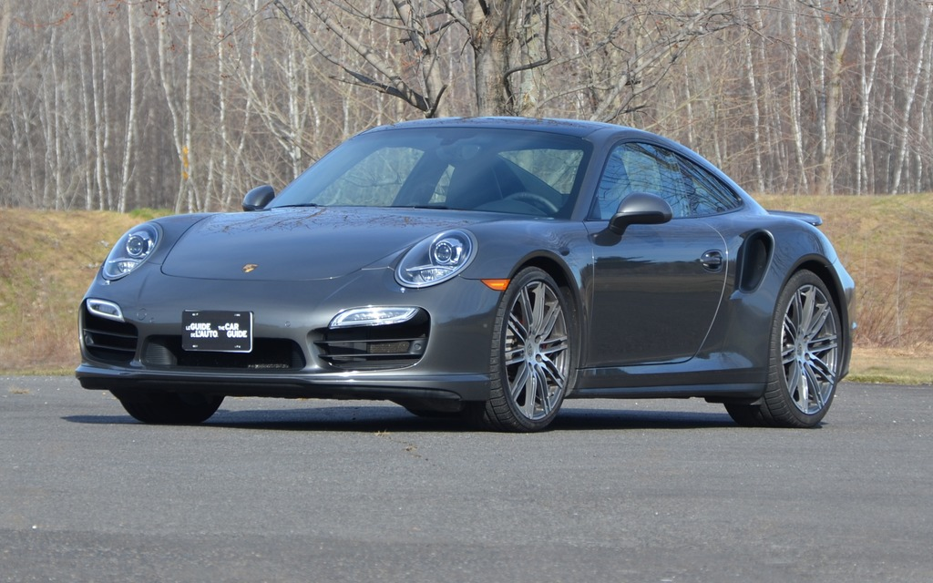 Porsche 911 Turbo: 169 000$ de bonheur!