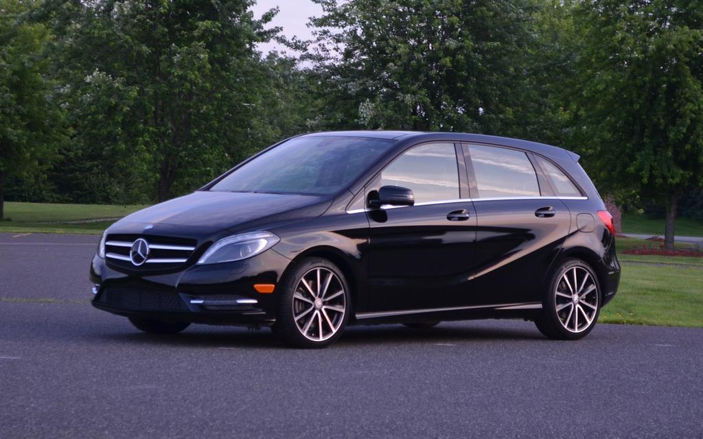La Mercedes-Benz B250 affiche des lignes beaucoup plus modernes qu'avant.