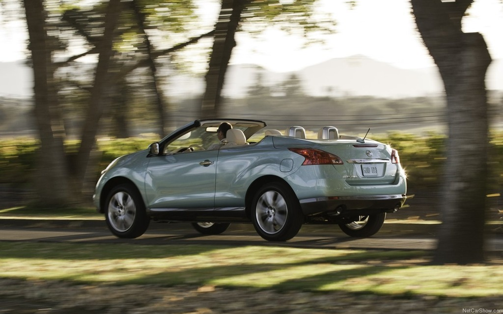convertible crosscabriolet murano suv driver original photo car official and news photos nissan debuts s info