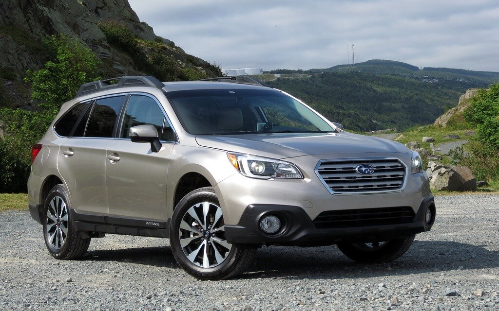 2015 subaru outback fearless and comfortable the car guide. Black Bedroom Furniture Sets. Home Design Ideas