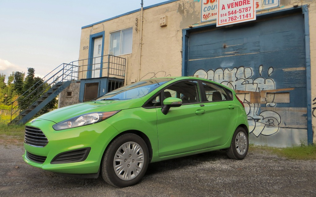 Ford Fiesta Hatchback >> 2014 Ford Fiesta SFE EcoBoost: Don't Pay More For Less - 3/12