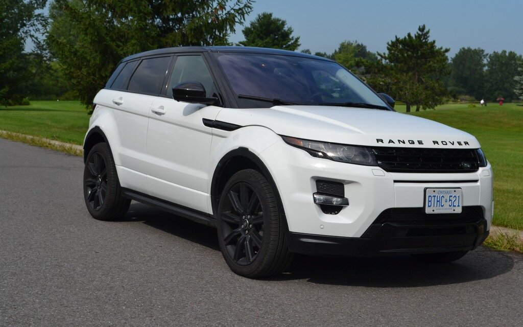 land rover evoque 2014 le nouvel ambassadeur guide auto. Black Bedroom Furniture Sets. Home Design Ideas