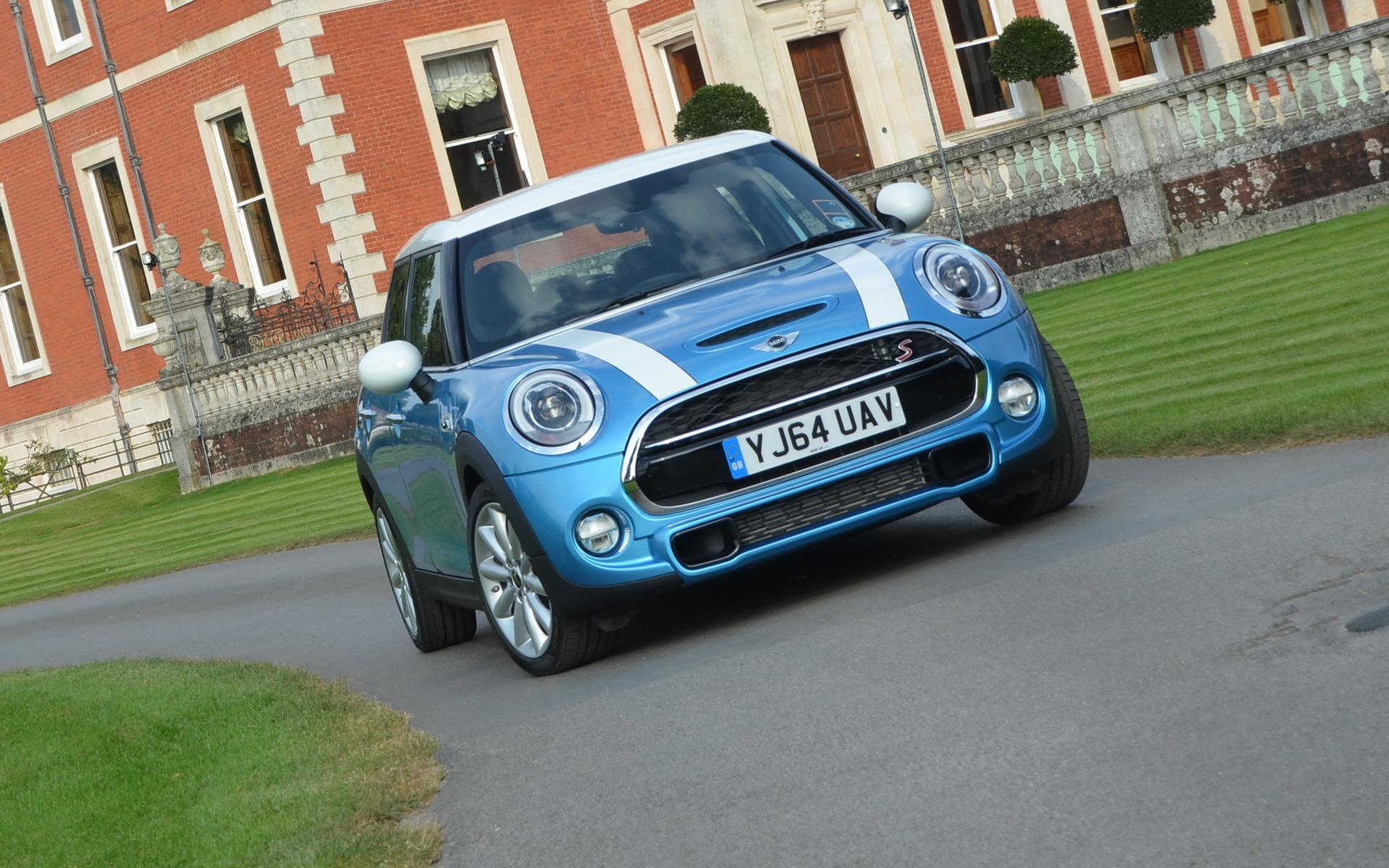 2015 Mini 5 Door Not To Be Confused With The Next Clubman The
