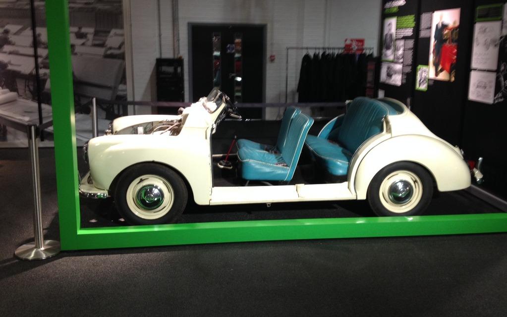 Une découpe Morris Mini 1000.