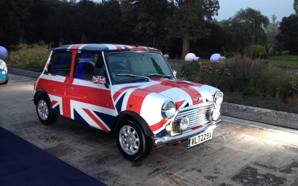 Difficile d'être plus anglaise que cette Mini!