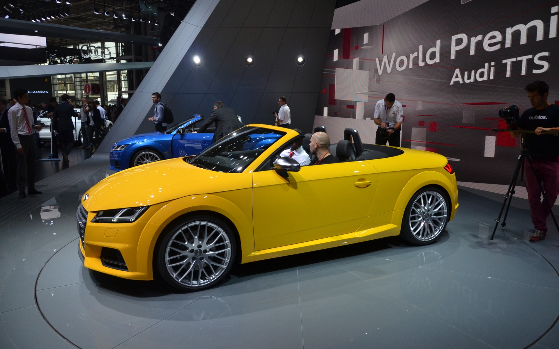 First Images of the 2015 Audi TT Roadster - 1/16
