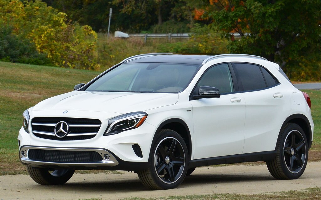 2015 mercedes benz gla practical or sporty the car guide. Black Bedroom Furniture Sets. Home Design Ideas