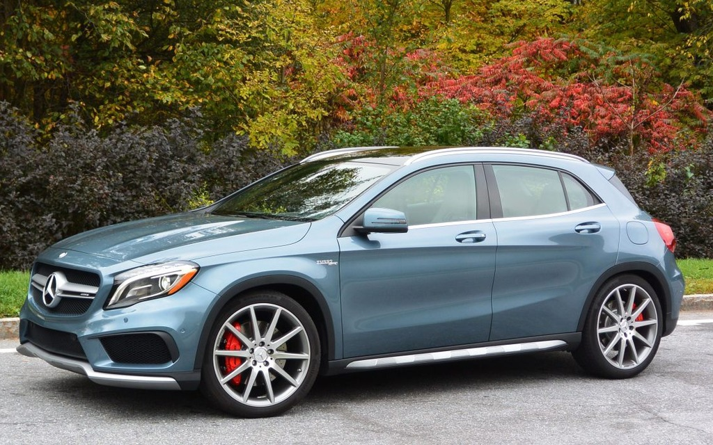 2015 Mercedes Benz Gla Practical Or Sporty 7 36