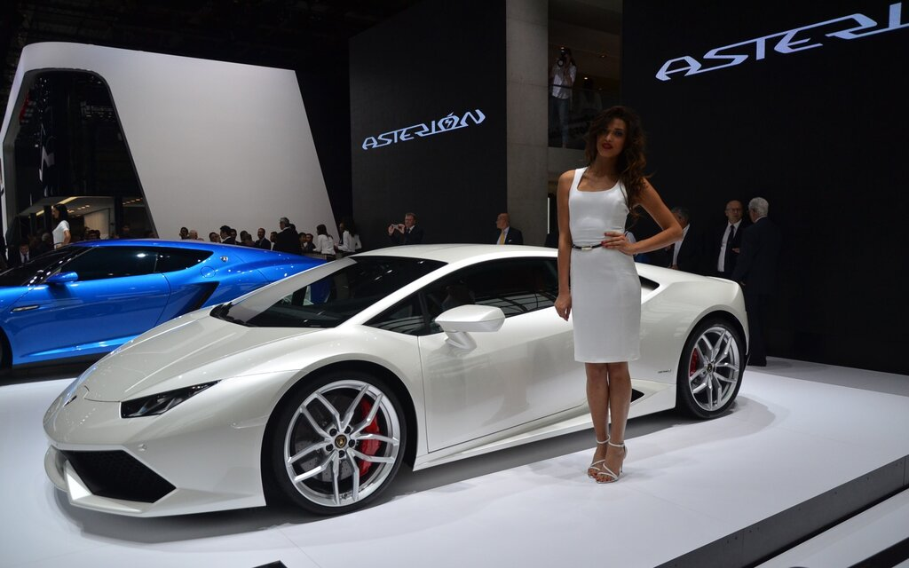 Buyers Are Lining Up For The Lamborghini Huracan The Car Guide