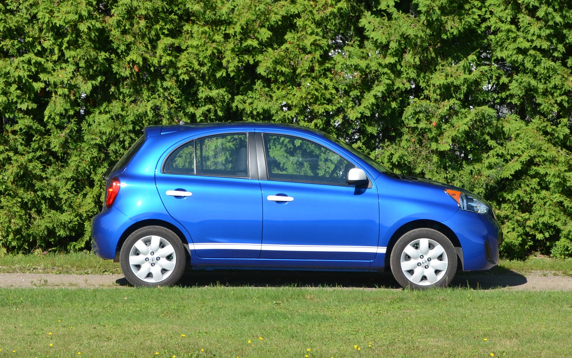 2015 Nissan Micra Small Car For A Small Price 18 25