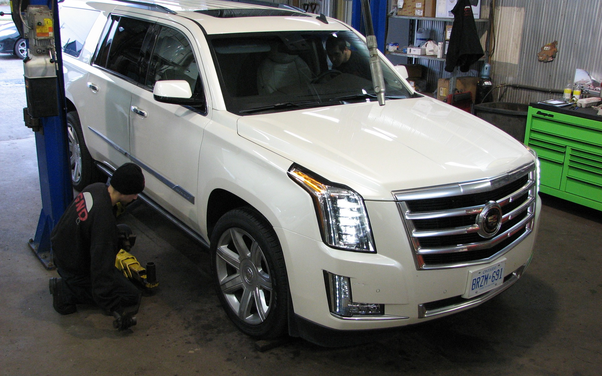 specs luxury pictures wallpaper cadillac information escalade