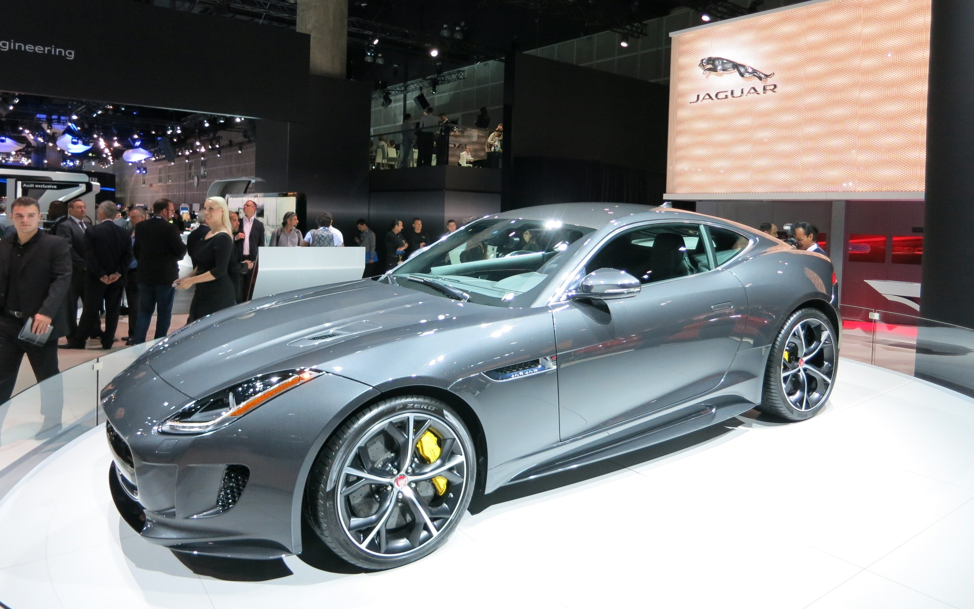 2016 Jaguar F Type Gets A Stick And A Clutch