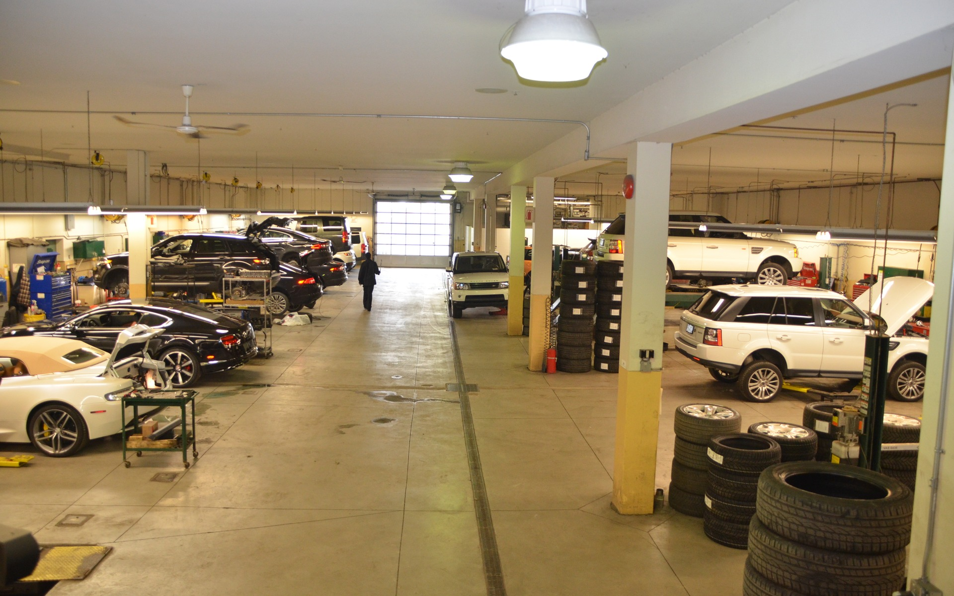 Decarie motors english cars and family values 8 18 for Family motors auto repair