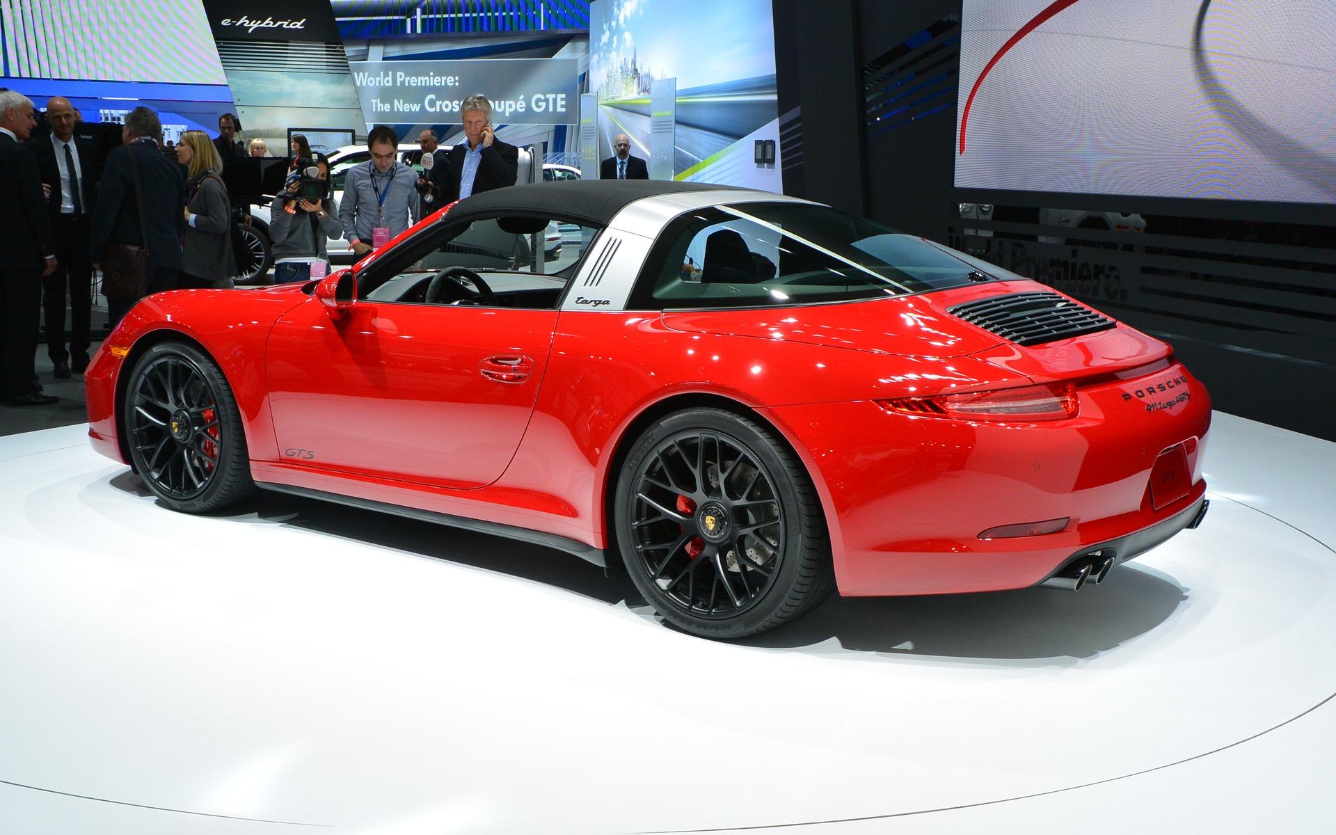Porsche 911 Targa 4 Gts Unveiled In Detroit 7 7