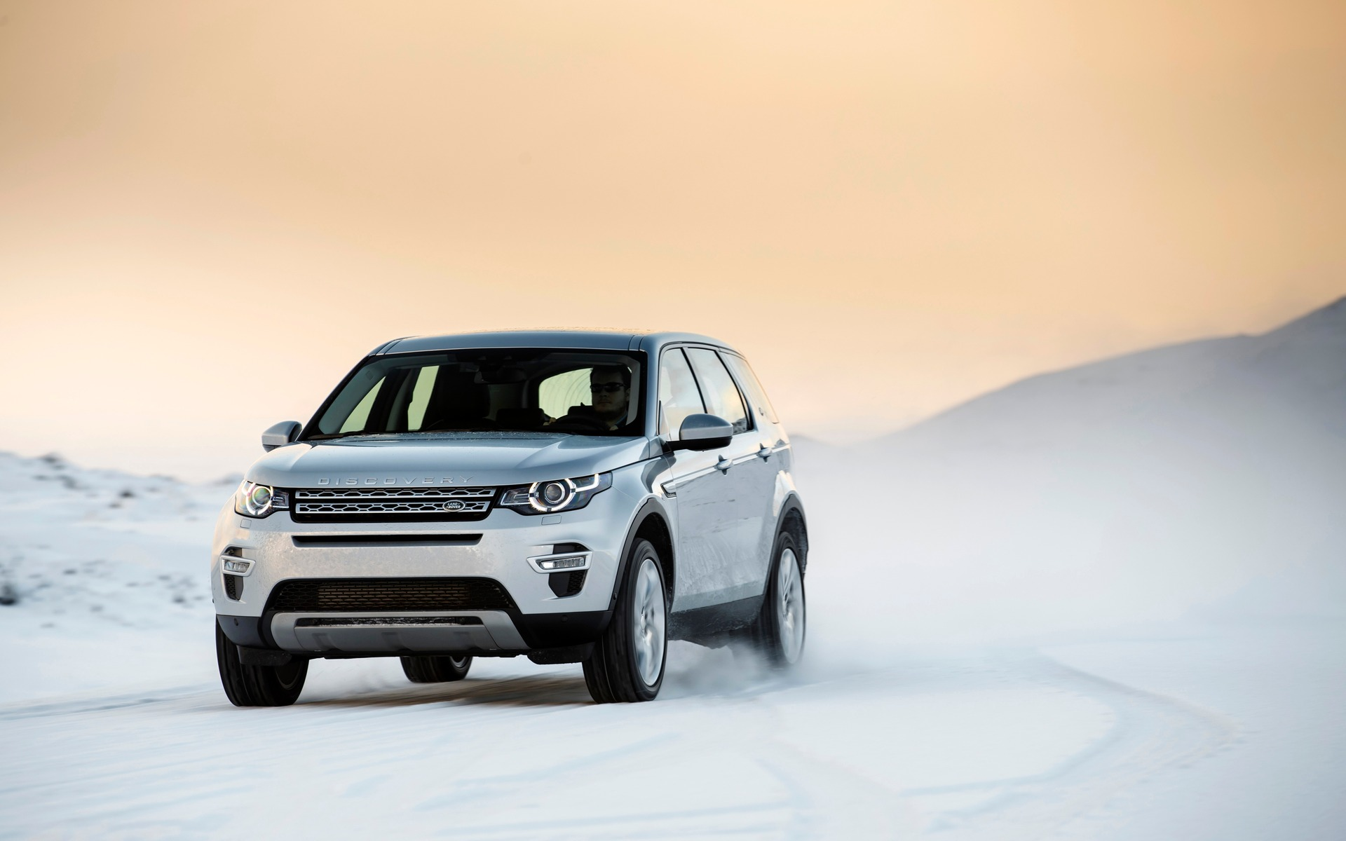 2015 Land Rover Discovery Sport Built For Versatility 43 44