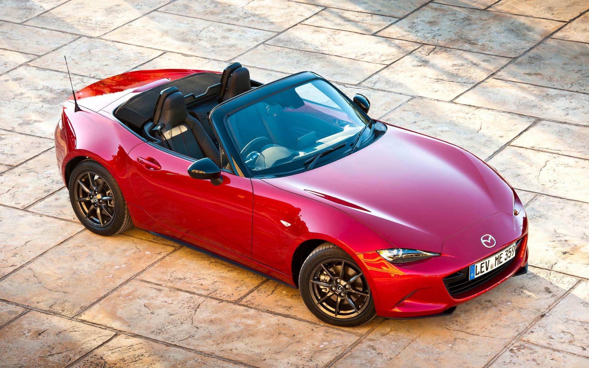 https://i.gaw.to/photos/1/8/4/184160_2016_Mazda_MX-5.jpg