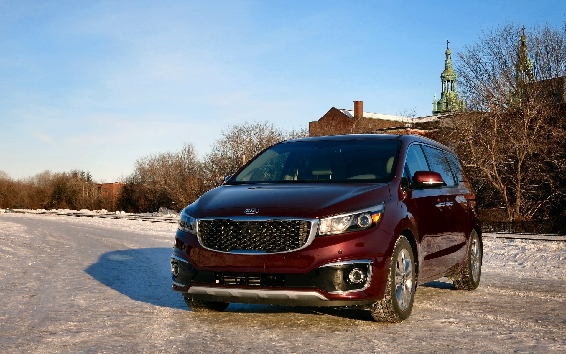 It's hard not to see the 2015 Kia Sedona as anything but a game-changer.