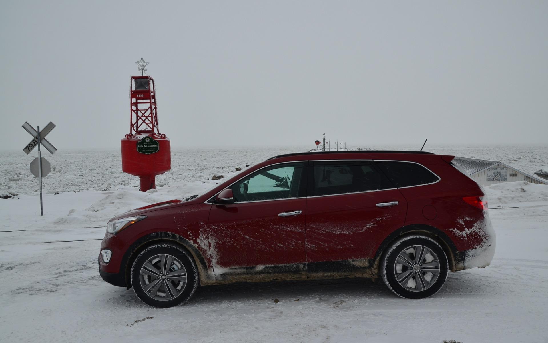 Hyundai Santa Fe 2015 >> 2015 Hyundai Santa Fe XL: A Test Drive In My (Snowy) Backyard - 14/15