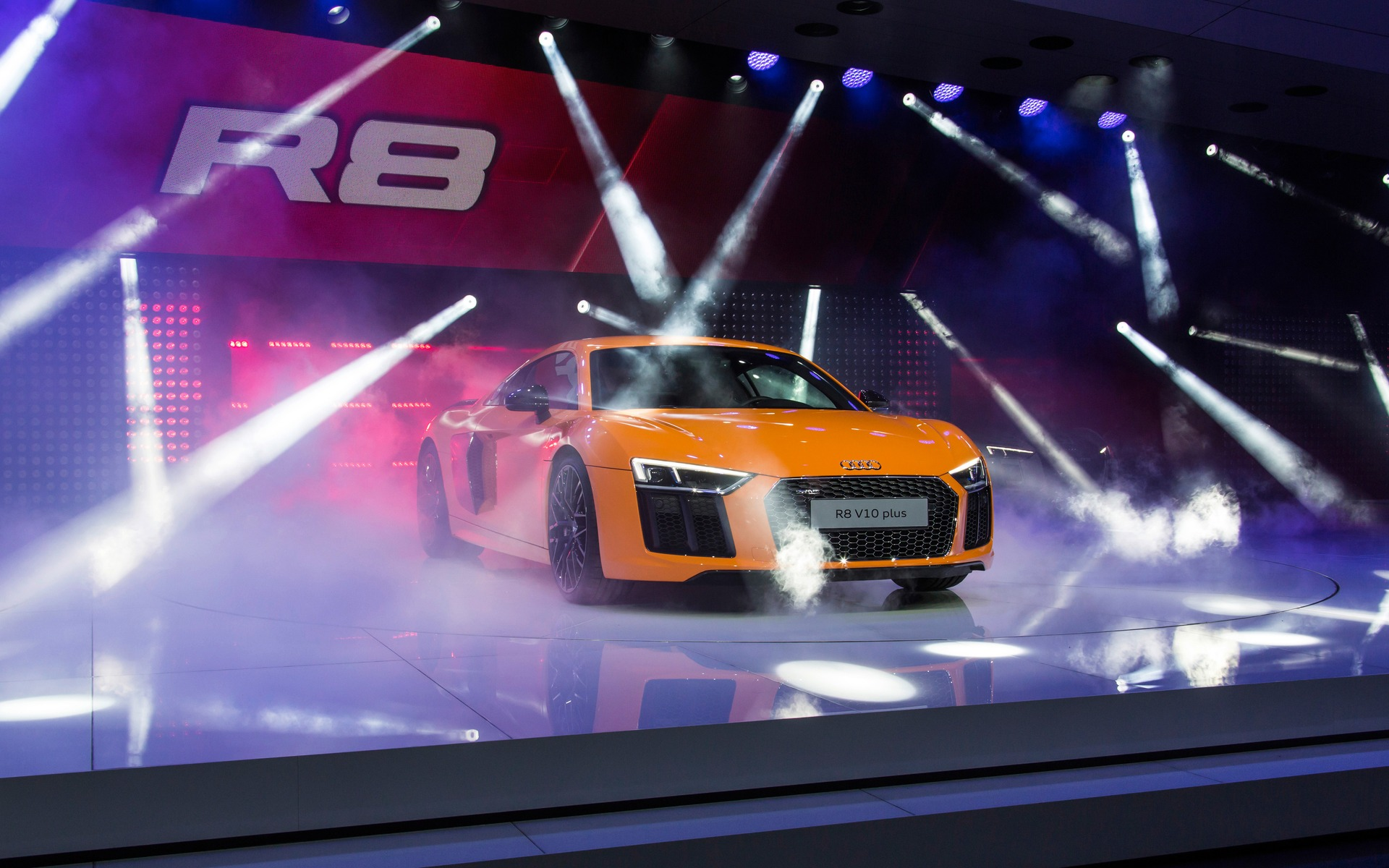 2015 Audi R8: Unveiled Before Geneva - 1/15