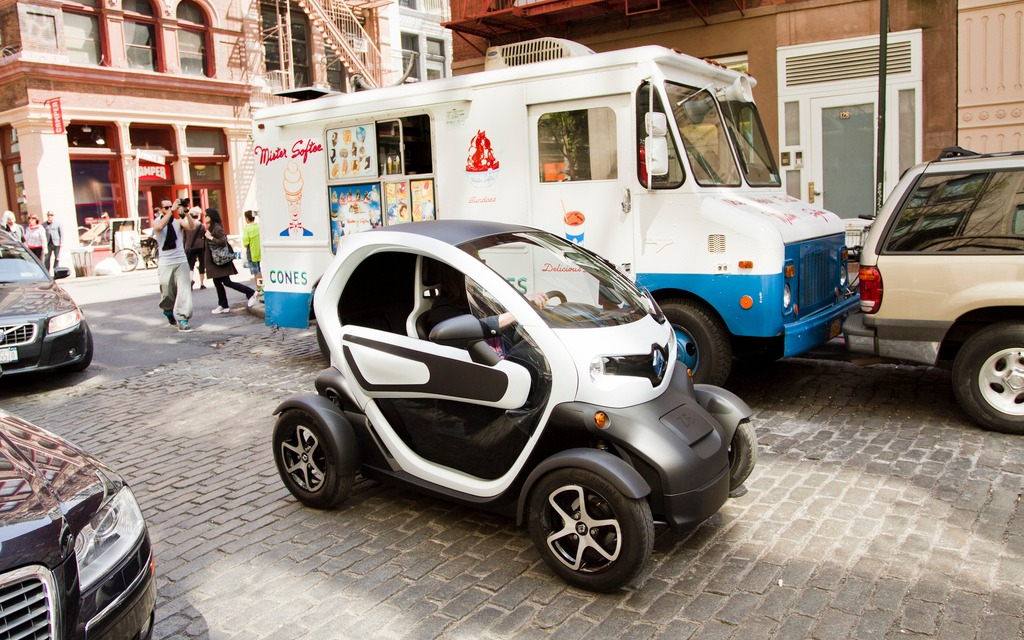 Renault Twizy A Non Starter For The Quebec Market The Car Guide