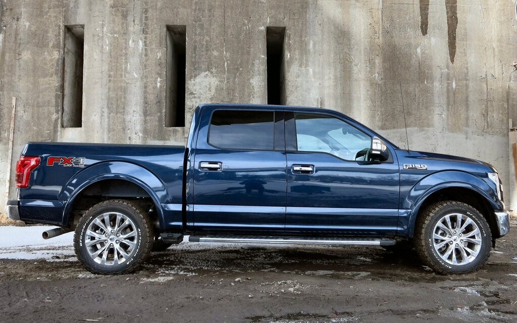 2015 Ford F-150  Pulling Even