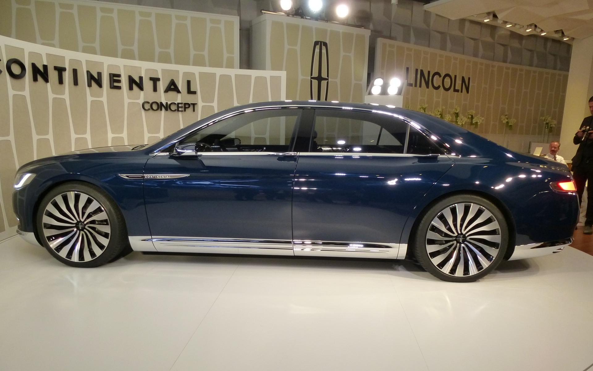 Lincoln Continental Concept 2015, retour vers le futur - 8/13